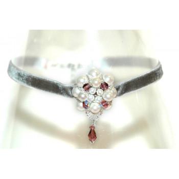 Choker con flor de perlas