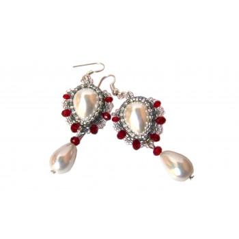 Pendientes de perlas y cristal