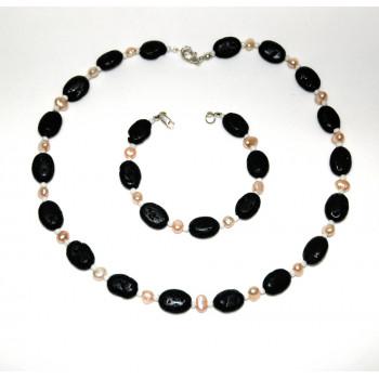 Conjunto de perlas con lava